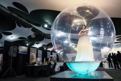 Disrupt the bubble!